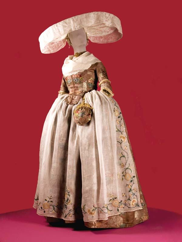 Dutch wedding costume, 1782, striped with iridescent silk Stitched floral pattern.  From the Fries Museum
