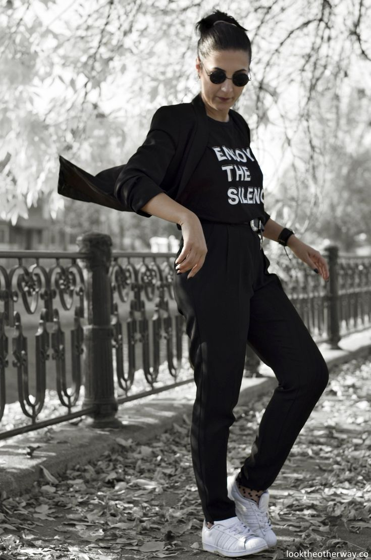 Would you enjoy the silence? - Music & Style - Looktheotherway.co