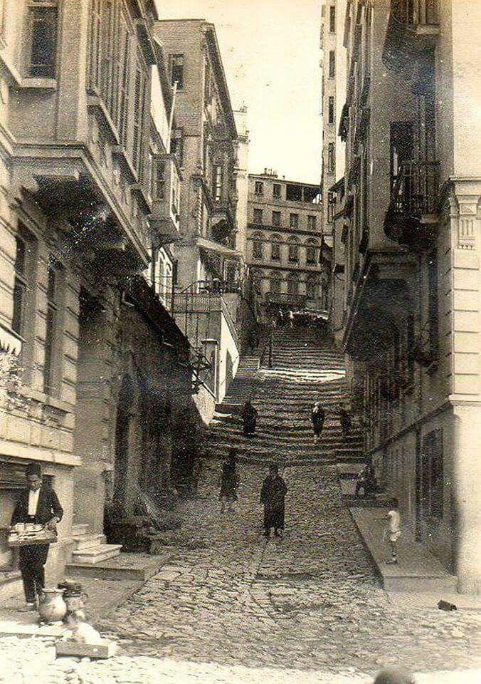 Şişhane'den Tepebaşı'na çıkış, Şimal Sok. (1920'ler)
