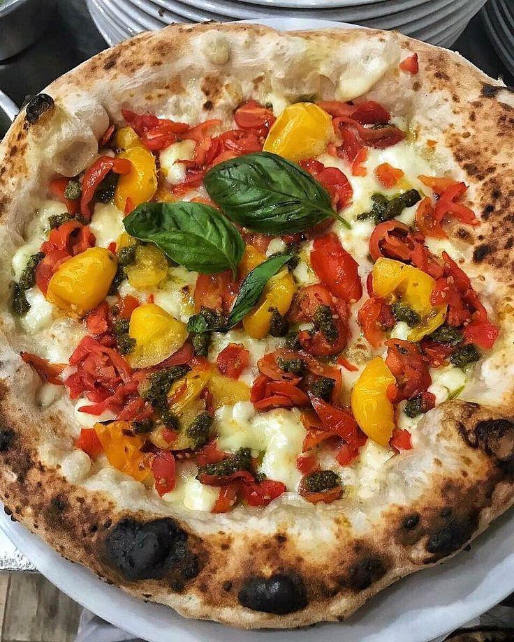 """""""Mi piace"""": 137, commenti: 3 - Biga280 Pizzeria (@biga280) su Instagram: """"Colori e profumi di questa pizza ti fanno impazzireeee❤️ #biga280pizzeria #apertipranzoecena"""""""