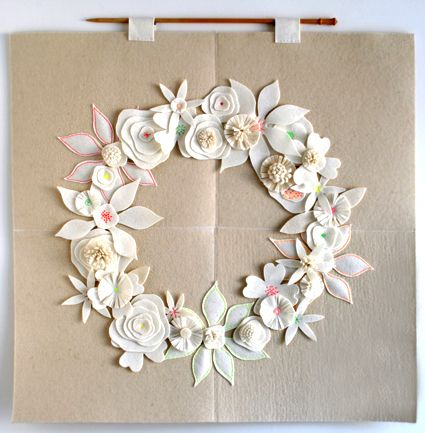 Felt Flower Winter Wreath - the purl bee: Sewing, Tutorials, Crafts Patterns, Wall Hanging, Felt Crafts, Felt Wreaths, Felt Flowers Wreaths, Winter Wreaths, Purl Bees