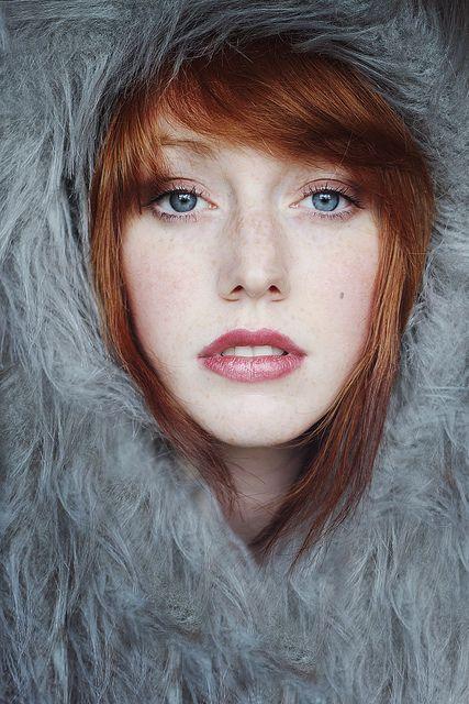 Female portrait photography by Shannon Peck.