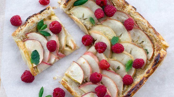 Fruktpai med mandelkrem og bringebær à la Enklypesalt.no