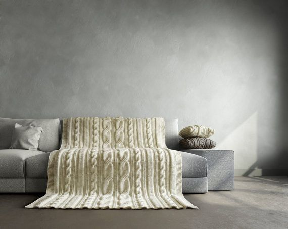 Milky white cable knit blanket. It fits perfect for by Ideatobox