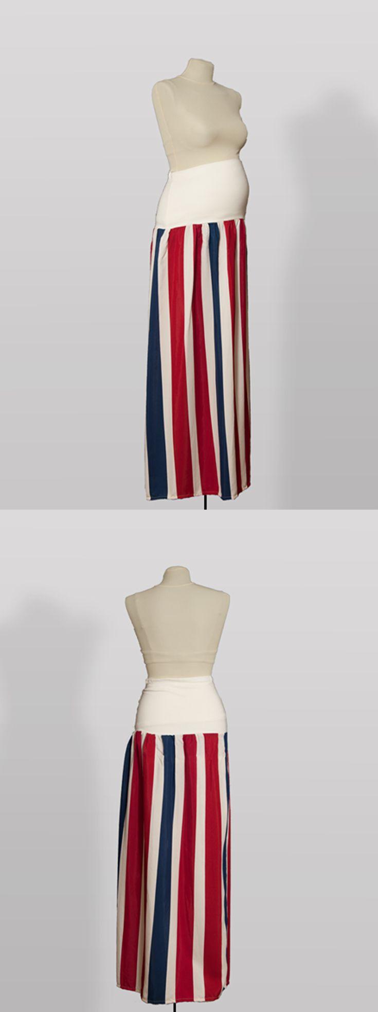 SK001 – Dlouhá sukně Trikolora  Těhotenská sukně z bavlněné látky s pružným pásem Sukni je možné nosit i jako šaty bez ramínek Pružný pás pro zvětšující se bříško Pás je možné nosit přes bříško nebo ohnutý Sukni je možné nosit i po těhotenství