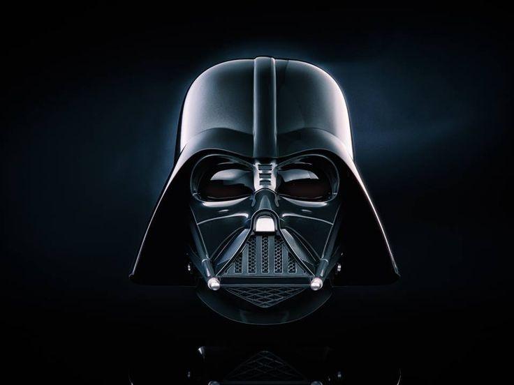 Neue Bilder zum angekündigten Black Series Darth Vader Helm - Starwarscollector.de