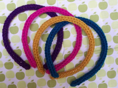 Easy I Cord Headband • Free tutorial with pictures on how to stitch a knit or crochet headband in under 120 minutes
