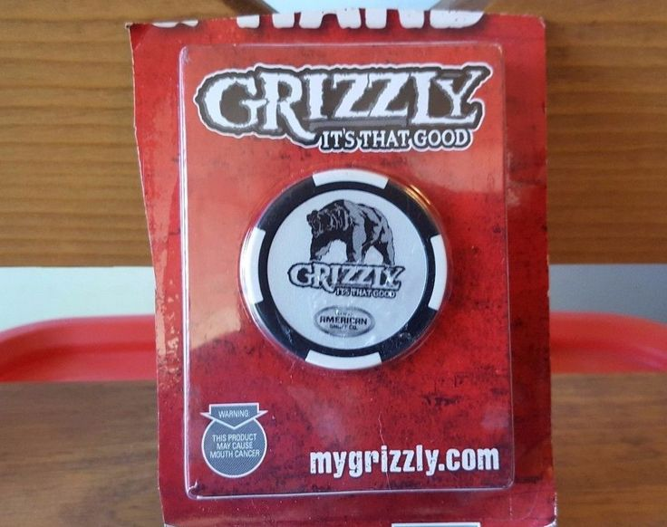 GRIZZLY AMERICAN SNUFF CO. Playing Cards W  POKER CHIP
