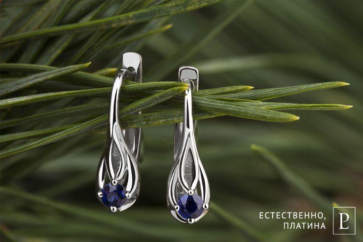 Снежно-белый и глубокий синий - благородный тандем. Каплевидные серьги из платины с сапфирами сделают Вас неотразимой в новогоднюю ночь. #PlatinumLab #серьги_PlatinumLab #серьги #earring #ювелирныеукрашения #brilliant #jewelry #saphire #серьгивечерние #серьгискамнями #earrings #ювелирныеизделия #ювелирные_украшения #ювелирные #бриллиант #jewelrystore #diamond #ювелирка  #whitegold