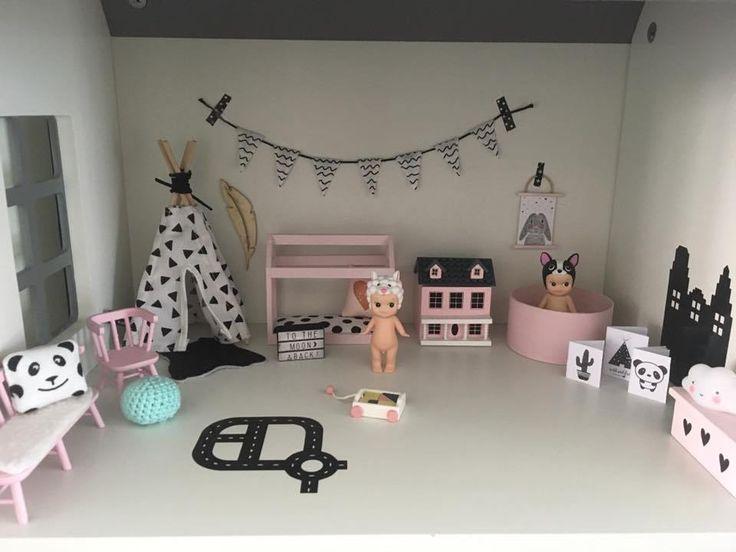 25 beste idee n over poppenhuizen op pinterest for Barbiehuis meubels