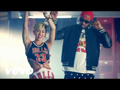 Miley Cyrus - Party In The U.S.A. - YouTube