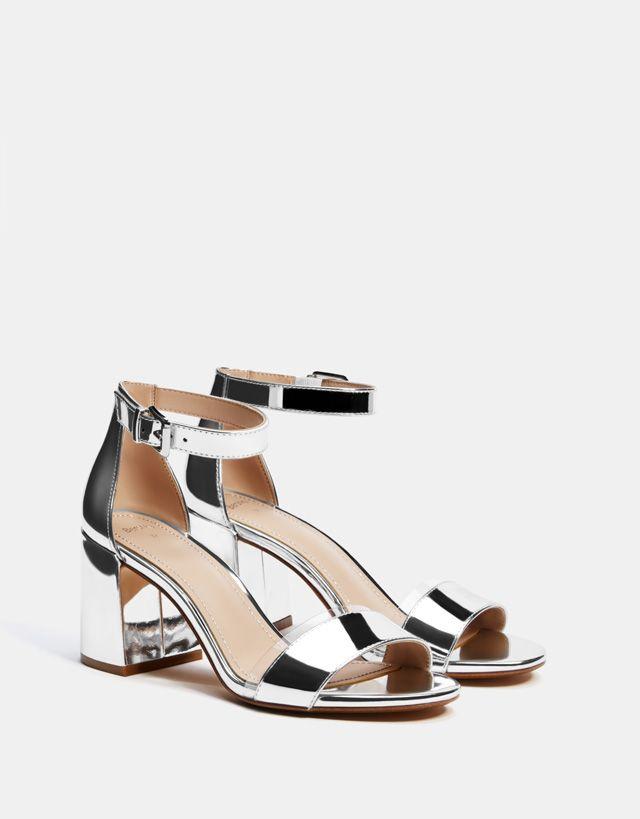 4bfb996b3c Sandálias de tacão metalizadas de vinil   Wish em 2019   Sapatos ...
