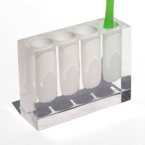 Lucid in pale toothbrush holder