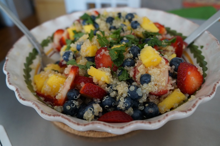Quinoa-fruit-salad ... yummy!