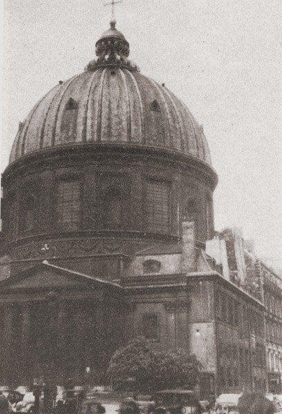 Kościół Wniebowzięcia przy Rue s. Honoré w Paryżu.