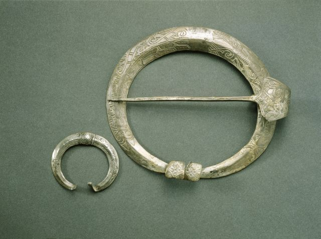 Silver penannular brooches from southeastern Finland / Karelia. Dated 1150-1350