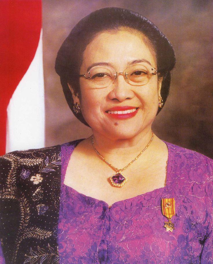 Megawati Soekarnoputri (23 Juli 2001 – 20 Oktober 2004)