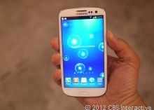 Samsung Galaxy S III (S3) Review - Watch CNET's Video Review