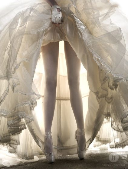 peek under a dressWedding Dressses, Point Shoes, White Wedding, Ballerinas, Dresses, Beautiful, Billy Idol, Ballet Shoes, Dance