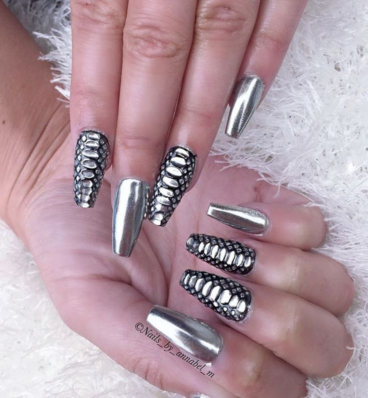 silver mirror nails and snakeskin