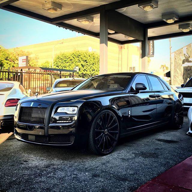 Instagram media by majorka_rr_moscow77 - Добрых всем снов 😴  Rolls Royce  Ghost II series 👑 🔝 🔱 🔲  Like+Comment #rr #ghost #wraith #car#drophead#premium #phantom #cars #luxury #beautiful #rich #beauty #rollsroyce #rolls_royce #moscow #rollsroycemoscow #rollsroyce#2017 #photooftheday #car#dawn #royal#москвасити #royalmoscow #elite#москва #terrific#nice#follow  #like4like
