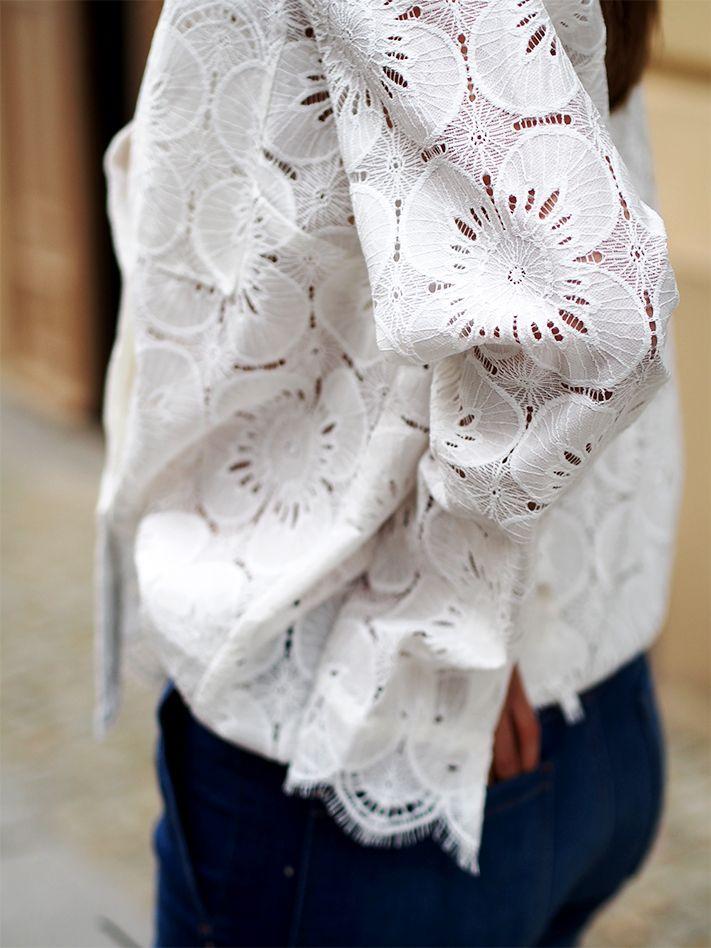 #white #whitelace #lace #spitzenbluse #flarepants #denim #jeans #chloe #bags #chloegirls #streetstyle #style #trends #fashion #blogger #berlin #helloshopping #spring #feminine #effortless #sophisticated #vogue #instyle #retro #flair #madame #elle #cosmopolitan