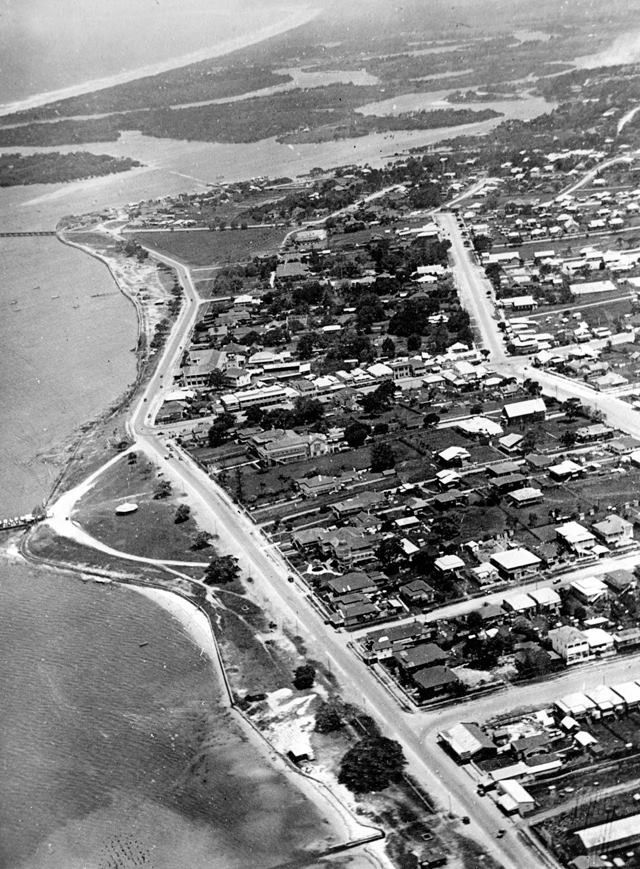 Check out this aerial view of Southport. Looking south-east towards Surfers Paradise. 1934.