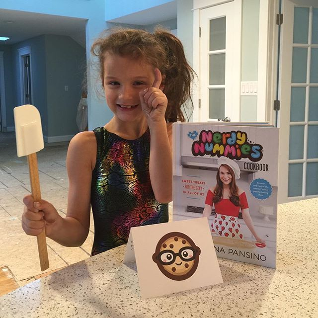 "Hayley got a gift in the mail today from her favorite YouTuber @rosannapansino. She says ""thanks for the #nerdynummies cookbook, miss Ro!"""