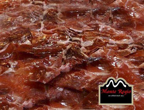 Jamón ibérico #MonteRegio en aceite con tomate rallado.