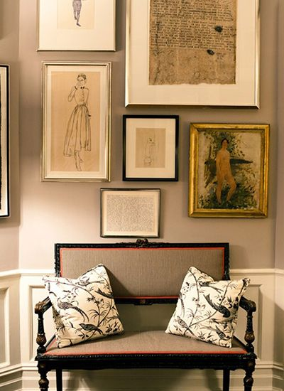 Love the art mix & red lining of chair w/linen and black paint.  Best Entryways | Camille Styles