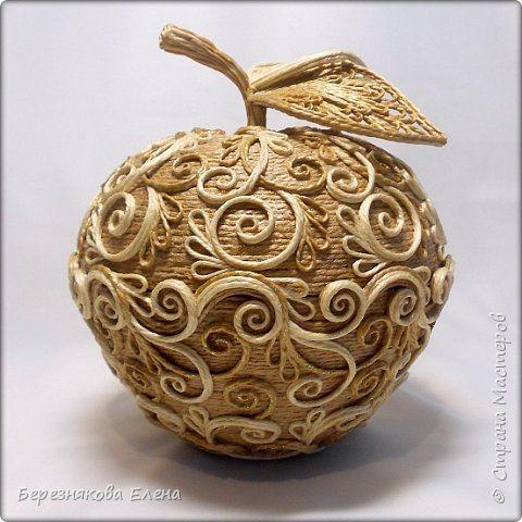 Всем здравствуйте))А у меня вот яблочко созрело.Позднее.Джутовое. фото 1