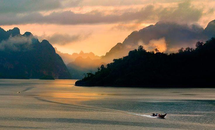 Asia - Foto de Weerapong Chaipuck.