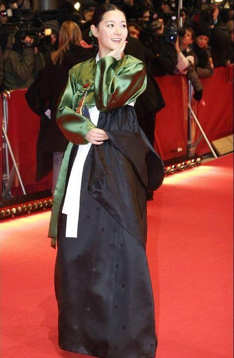 Lee Young-Ae in Hanbok