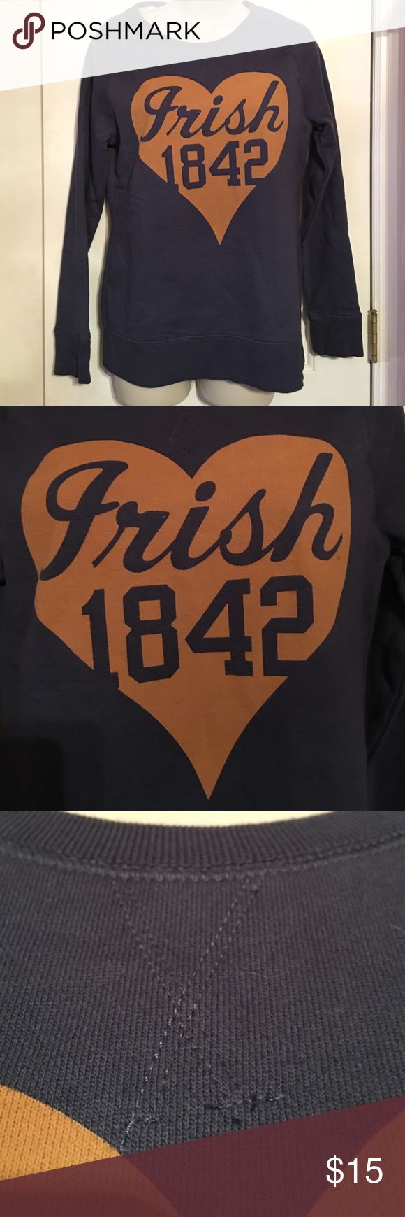 NWOT Old Navy Notre Dame sweatshirt sz never worn! Tag says University T, but it was bought at old navy. Sweatshirt is navy and heart is gold Old Navy Tops Sweatshirts & Hoodies