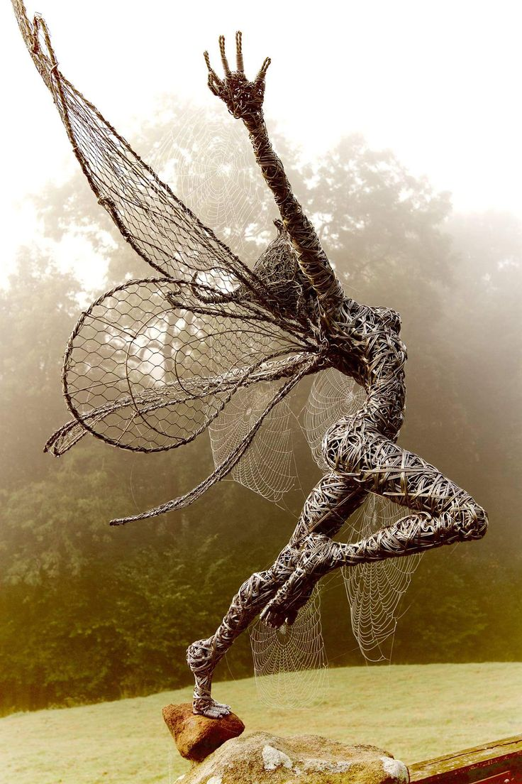 These Fantasy Wire Sculptures By Robin Wight Are From a Fairy World