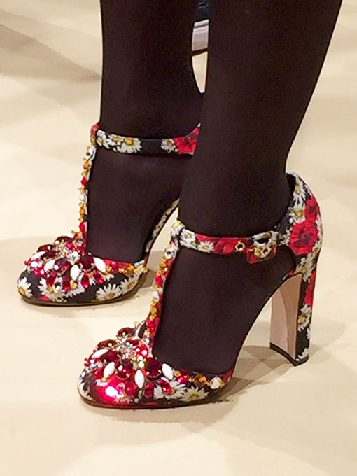 Ruth Moschner in Schuhen von Dolce & Gabbana auf der Schuhmesse GDS 2016  with <3 from JDzigner www.jdzigner.com