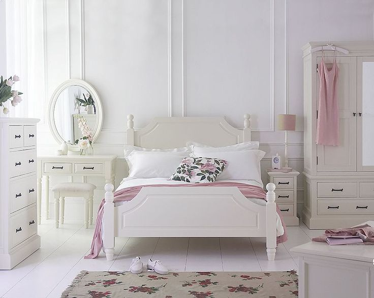Attractive Beautiful Shabby Chic Ivory Painted Bedroom Furnitur, Perfect For Country  Style Boudoir