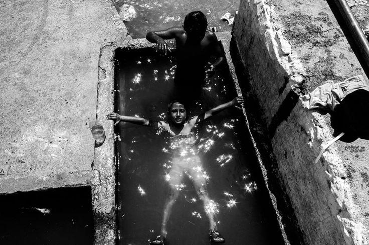 Dobromir water play 01 by Sebastian Sosin on 500px