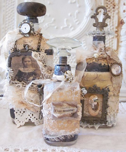 picture display or message in a bottle
