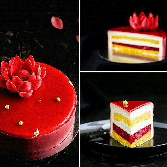 pastryinspirationschool.com  . #Repost @happyhomecook: ...Strawberry Charlotte..❤..бисквит Савоярди, клубничное компоте, легкий ванильный крем с белым шоколадом..и самое вкусное, как по мне, в этом десерте-клубничная глазурь! #chefs_battle #only_beautiful_food #food_vsco #foodporn  #foodiegram #chefstalk #chocolatejewels #vscocook #dessertmasters #pastry_inspiration #beautifulcuisines #инстаграмнедели#chocolate #cook_good #bon_app#okmycake#pastry_inspiration#amazingpatissie...