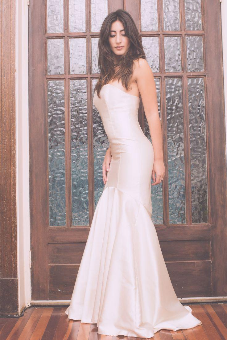 MAXIME' GOWN, simple wedding gown in silk mikado, minimla mermaid bridal gown