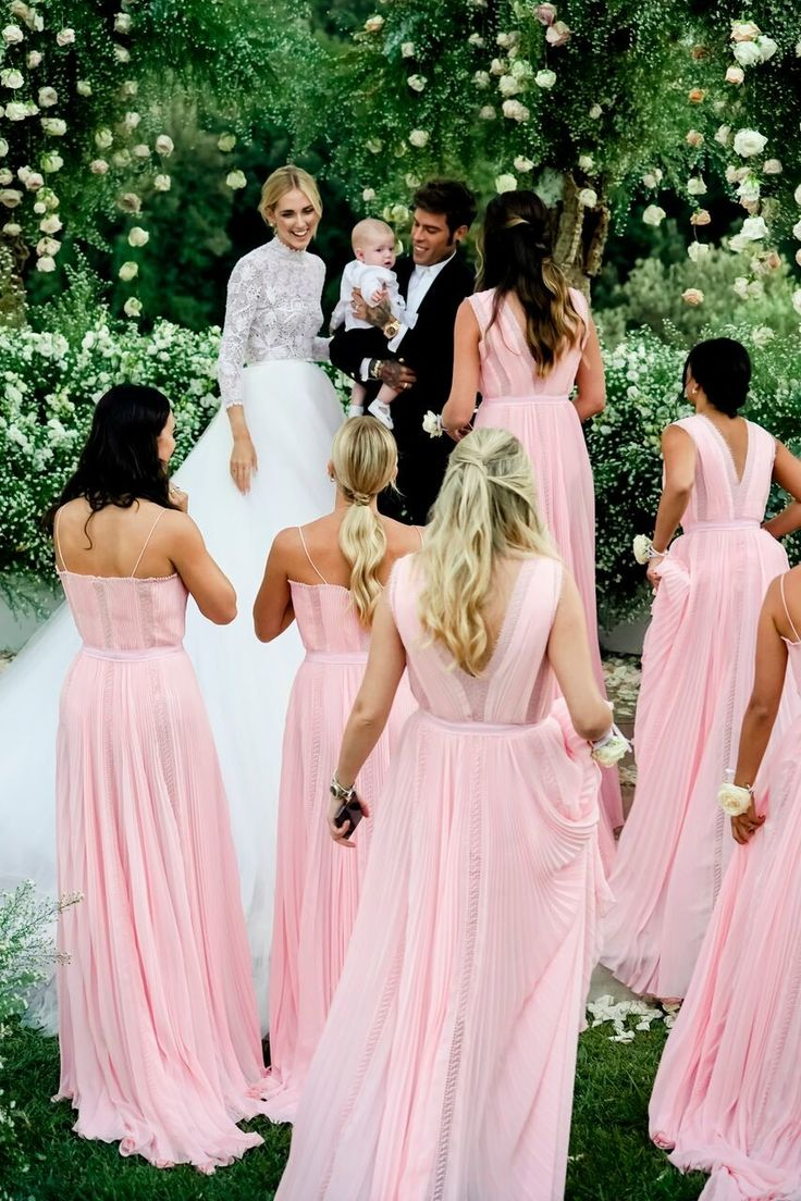 On Saturday, September The Blonde Salad's Chiara Ferragni married her fiancé, the Italian rapper Fedez, wearing two wedding dresses by Dior's creative director, Maria Grazia Chiuri. Wedding Gown A Line, Simple Wedding Gowns, Classic Wedding Gowns, Wedding Gowns With Sleeves, Couture Wedding Gowns, Wedding Pics, Wedding Ideas, Dream Wedding, Wedding Inspiration