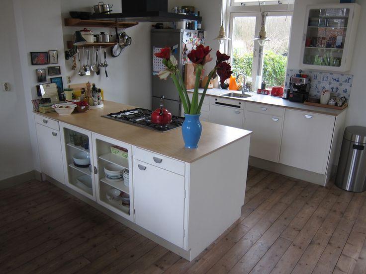 New kitchen made from vintage Piet Zwart Bruynzeel parts