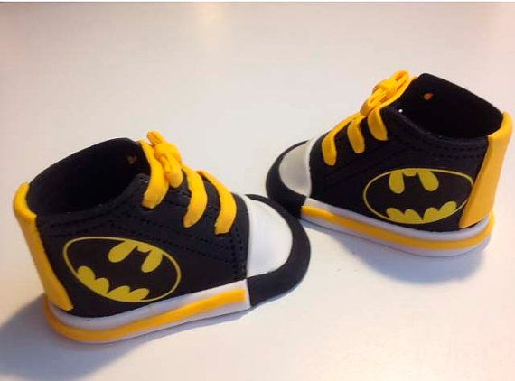 batman Fondant shoes cake toppers by Ninettacakes on Etsy, $25.00