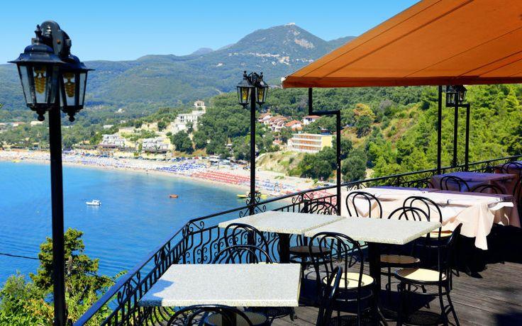 Rejs på sommerferie til skønne Parga i Grækenland. Se mere på http://www.apollorejser.dk/rejser/europa/graekenland/parga-ammoudia-og-sivota/parga
