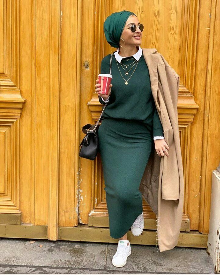 How to wear hijab with sneakers. If you are a muslimah, this collection of moder…