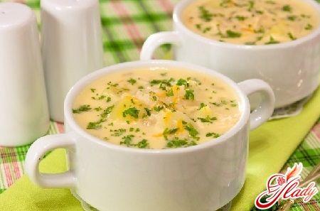 Суп с сардельками и вермишелью