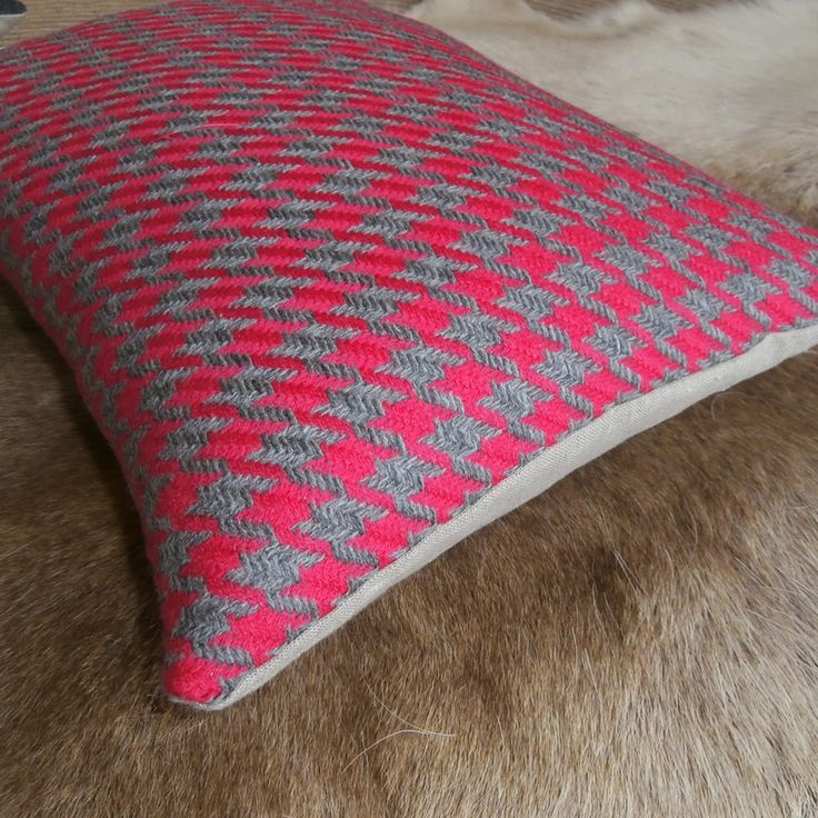 Hounds Tooth in Pink & Grey wool cushion cover with linen back. Soooooo Soft ! https://www.facebook.com/IglooHome