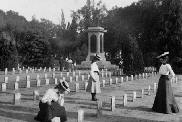 Death and the Civil War, a bleak and wrenching documentary about the 750,000 people who died in the American Civil War.  http://schedule.wttw.com/episodes/258191/Death-and-the-Civil-War-American-Experience/ .. http://schedule.wttw.com/episodes/258191/Death-and-the-Civil-War-American-Experience/ .. http://www.pinterest.com/pin/461056080575039168/