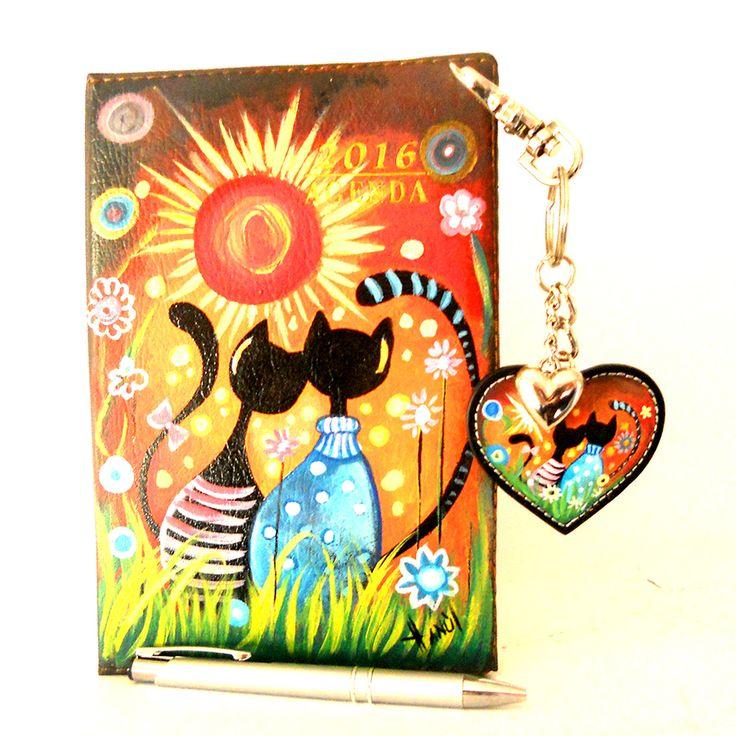 Por24 Portachiavi in pelle dipinto a mano Cats in love| Hanùl style, borse dipinte a mano e accessori dipintiHANUL di Giorgino Daniela